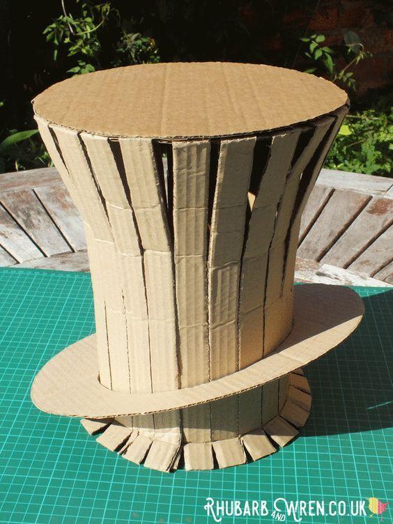 Sombreros Navideños de Cartón